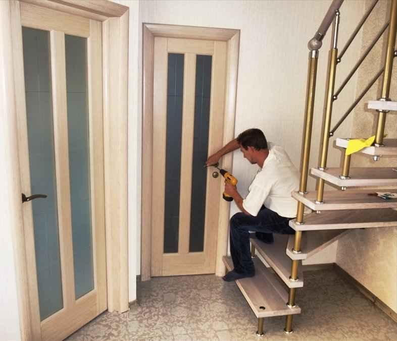 Поставить межкомнатную дверь сколько стоит